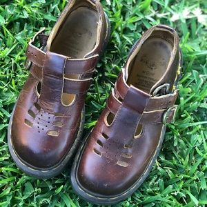 Dr Martens Mary jane's - gently used - smoke free